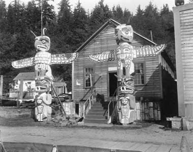 Plank Houses From Kwakiutl http://content.lib.washington.edu/aipnw/wright.html