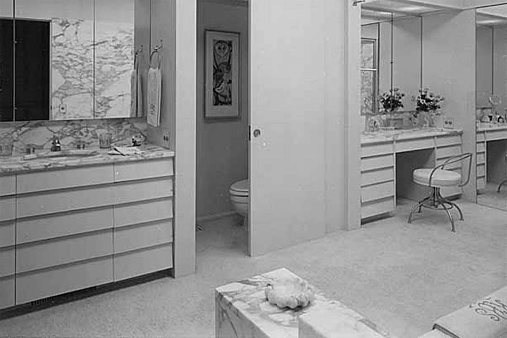 Blethen residence interior showing bathroom, Seattle, 1957