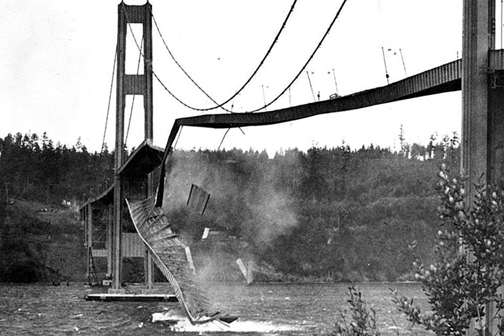 Tacoma Narrows Bridge midsection collapsing into the waters of the Tacoma Narrows, November 7, 1940