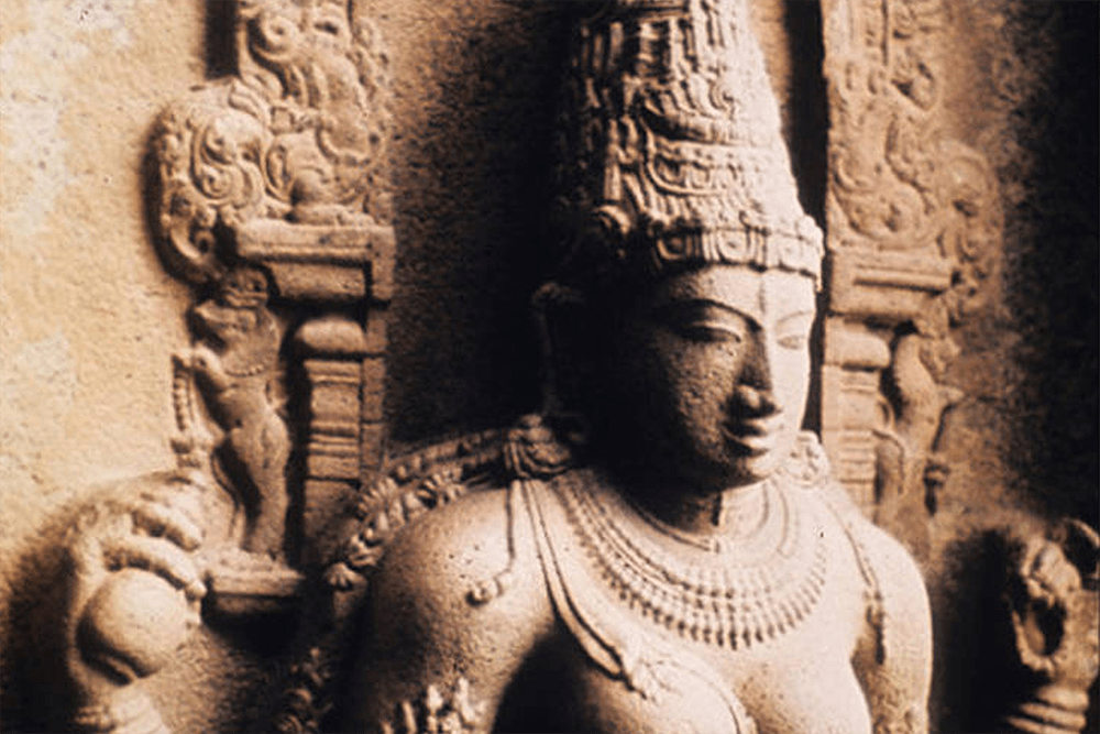 Saraswati from left of north entrance to Gangaikondacholapuram Brihadeshwara Temple, Tanjore, Tamil Nadu, India, ca. 1030 A.D.