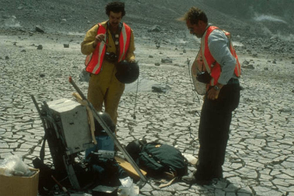 Dave Anderson and Bill Zoller preparing to sample