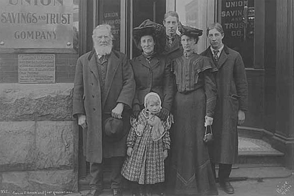 Carson D. Boren and descendents beside the tablet memorializing him, Seattle, November 13, 1905